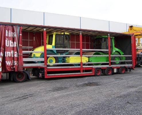 Lutter Spedition NRW - Betriebsumzüge - Maschinentransport - Logistik - Transport von  Traktoren