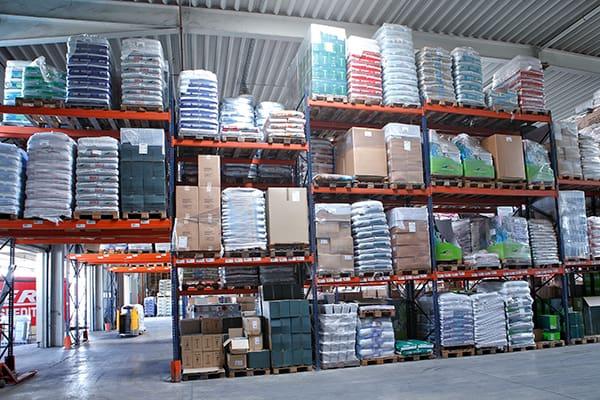 Lutter Spedition NRW - Logistik - Lagerung - Beschaffung - Kommissionierung - überdachte Lagermöglichkeiten
