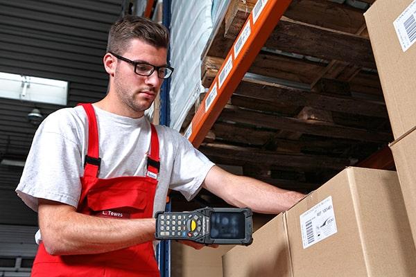 Lutter Spedition NRW - Logistik - Lagerung - Beschaffung - Kommissionierung - scannergestütztes Lagerverwaltungssystem