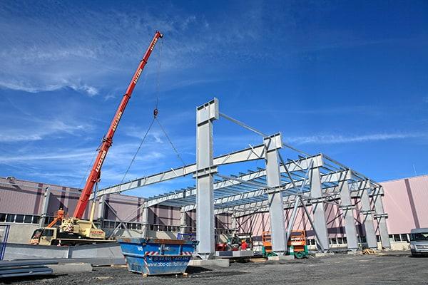 Lutter Spedition NRW - Betriebsumzüge - Maschinentransport - Logistik - Kranarbeiten mit Teleskopkranen