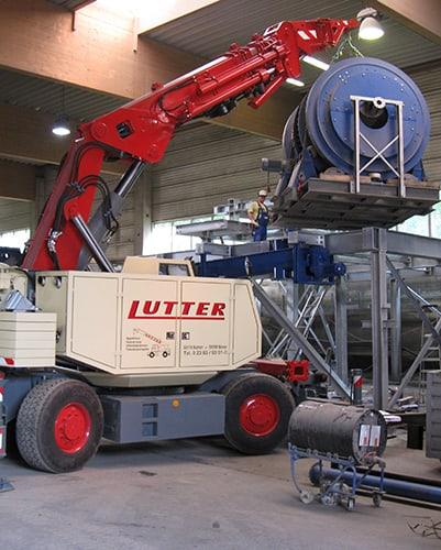 Lutter Spedition NRW - Betriebsumzüge - Maschinentransport - Logistik - Kranarbeiten mit Kompaktkran