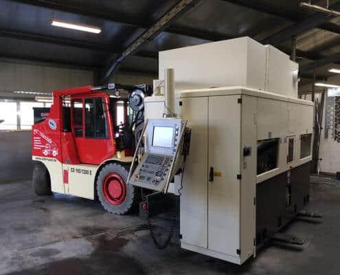 Lutter Spedition NRW - Betriebsumzüge - Maschinentransport - Logistik - Transport einer Maschine mit Elektrostapler